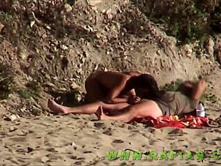 Strand sex porno